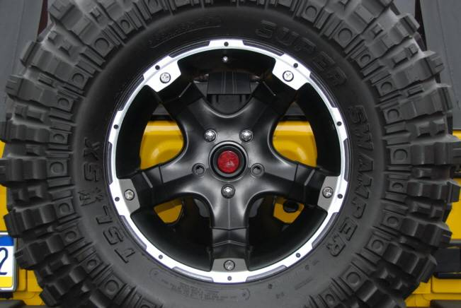Jeep Wrangler Hyline Oversized Spare Tire Adapter Bracket