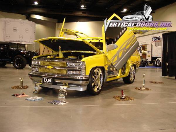 Chevrolet Tahoe Vertical Doors Inc Vertical Lambo Door Kit