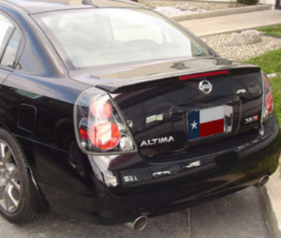 DAR Spoilers - Nissan Altima Se-R DAR Spoilers OEM Look Flush Wing w/ Light FG-062
