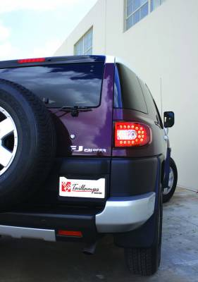 In Pro Carwear - Toyota FJ Cruiser IPCW Taillights - LED - 1 Pair - LEDT-2038CR