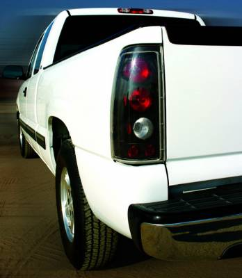 In Pro Carwear - GMC Sierra IPCW Taillights - Crystal Eyes - 1 Pair - CWT-CE3039CB