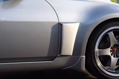 Xenon - Nissan 350Z Xenon Front Fender Scoop Kit - Right And Left with Black Vinyl Inserts - 12980