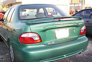 VIS Racing - Hyundai Accent VIS Racing Factory Style Spoiler Wing with Light - 591223L