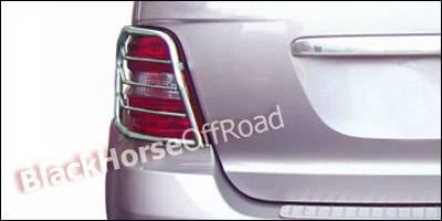 Black Horse - Mercedes-Benz ML Black Horse Taillight Guards