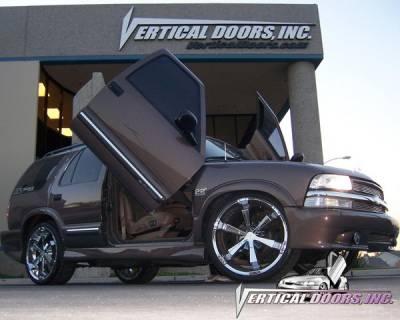 Vertical Doors Inc - Chevrolet S10 VDI Vertical Lambo Door Hinge Kit - Direct Bolt On - VDCCHEVYS109404