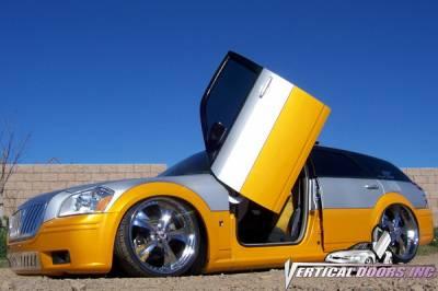 Vertical Doors Inc - Dodge Magnum VDI Vertical Lambo Door Hinge Kit - Direct Bolt On - VDCDMAG0408