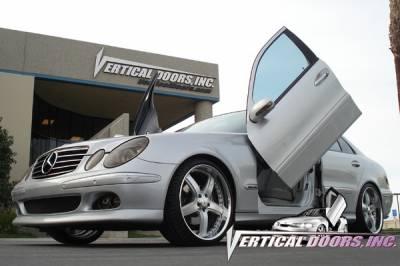 Vertical Doors Inc - Mercedes-Benz E Class VDI Vertical Lambo Door Hinge Kit - Direct Bolt On - VDCMERE0307