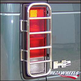 RealWheels - Hummer H2 RealWheels Stainless Steel Rear Taillight Guards - Pair - RW605-1-A0102
