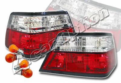4 Car Option - Mercedes-Benz E Class 4 Car Option Taillights - Red & Clear - LT-MBZE85R-KS
