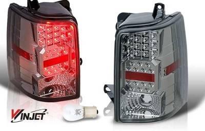 WinJet - Jeep Grand Cherokee WinJet LED Taillight - Chrome & Smoke - WJ20-0147-02
