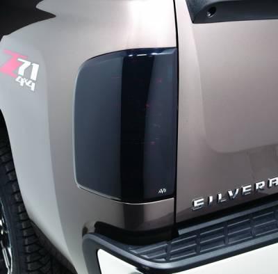 Autovent Shade - Chevrolet Silverado Autovent Shade Tail Shade Cover