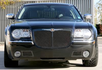 T-Rex - Chrysler 300 T-Rex Upper Class Mesh Grille - All Black - Bentley Style with Center Vertical Bar - 51479