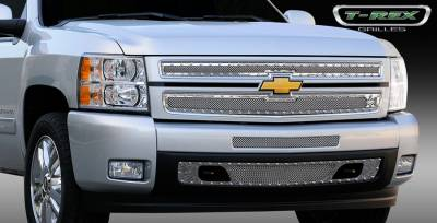 T-Rex - Chevrolet Silverado T-Rex X-Metal Series Studded Main Grille - Polished Stainless Steel - 2PC Style - 6711100