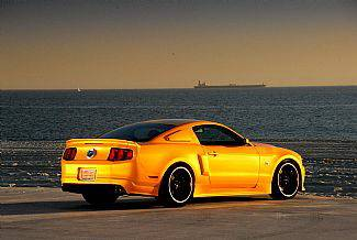 Street Scene - Ford Mustang Street Scene Generation 1 Duct Tail Wing - 3 Piece - 950-70794