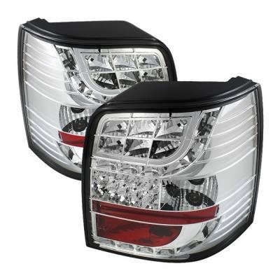 Spyder. - Volkswagen Passat Spyder Light Bar Style LED Taillights - Chrome - 111-VWPAT01-5D-LBLED-C