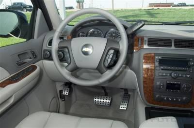 Car Interior - Car Pedals - Putco - GMC Yukon Putco Street Design Liquid Pedals - 931150
