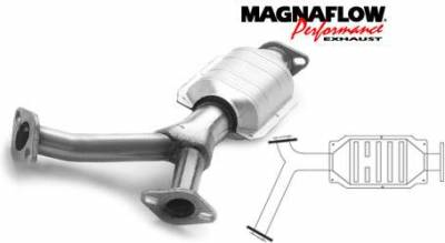Exhaust - Catalytic Converter - MagnaFlow - MagnaFlow Direct Fit Rear Catalytic Converter - 23698