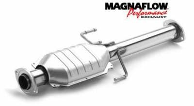 Exhaust - Catalytic Converter - MagnaFlow - MagnaFlow Direct Fit Rear Catalytic Converter - 23770