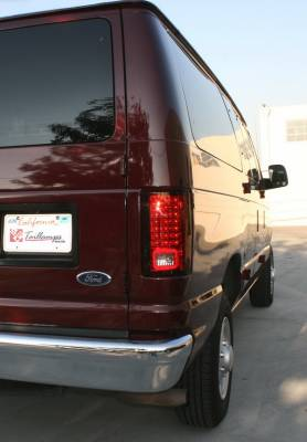 Headlights & Tail Lights - LED Tail Lights - In Pro Carwear - Ford E-Series IPCW Taillights - LED - 1 Pair - LEDT-502CR