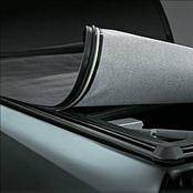 Suv Truck Accessories - Tonneau Covers - Lund - GMC Canyon Lund Genesis Seal & Peel Tonneau - Black Leather Look