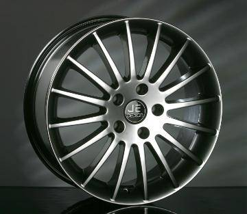 JE Design - 18 or 19 Inch Felgen - VW 4 Wheel Package