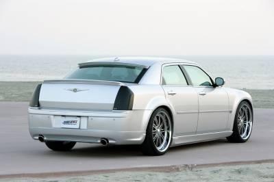 300 - Rear Bumper - Xenon - Chrysler 300 Xenon Rear Valance with Dual Exhaust Openings - 12504