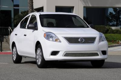 Grilles - Custom Fit Grilles - T-Rex - Nissan Versa T-Rex Upper Class Polished Stainless Mesh Grille - 54775