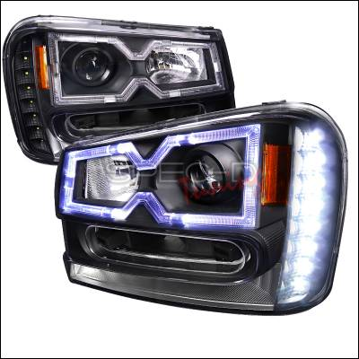 Headlights & Tail Lights - Headlights - Spec-D - Chevrolet Trail Blazer Spec-D Halo Projector Headlights - Black Housing - 2LHP-TBLZ02JM-RS