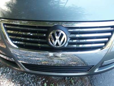 QAA - VOLKSWAGEN PASSAT 4dr QAA Stainless 8pcs Grille Accent SG26675 - Image 1